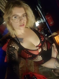 miss-marilyn-edinburgh-dominatrix